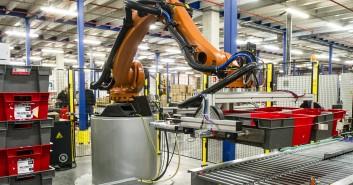 Deret - Deret Logistique innove avec une ligne d'expédition robotisée et automatisée.